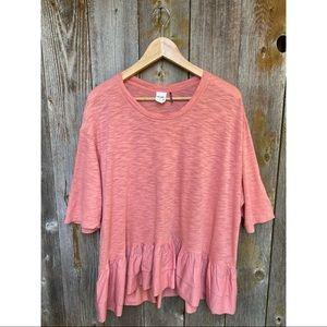 ANTHROPOLOGIE AKEMI+KIN pink ruffle bottom tshirt